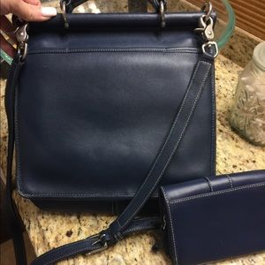 Coach Bags - Vintage Coach Crossbody with Matching Wallet